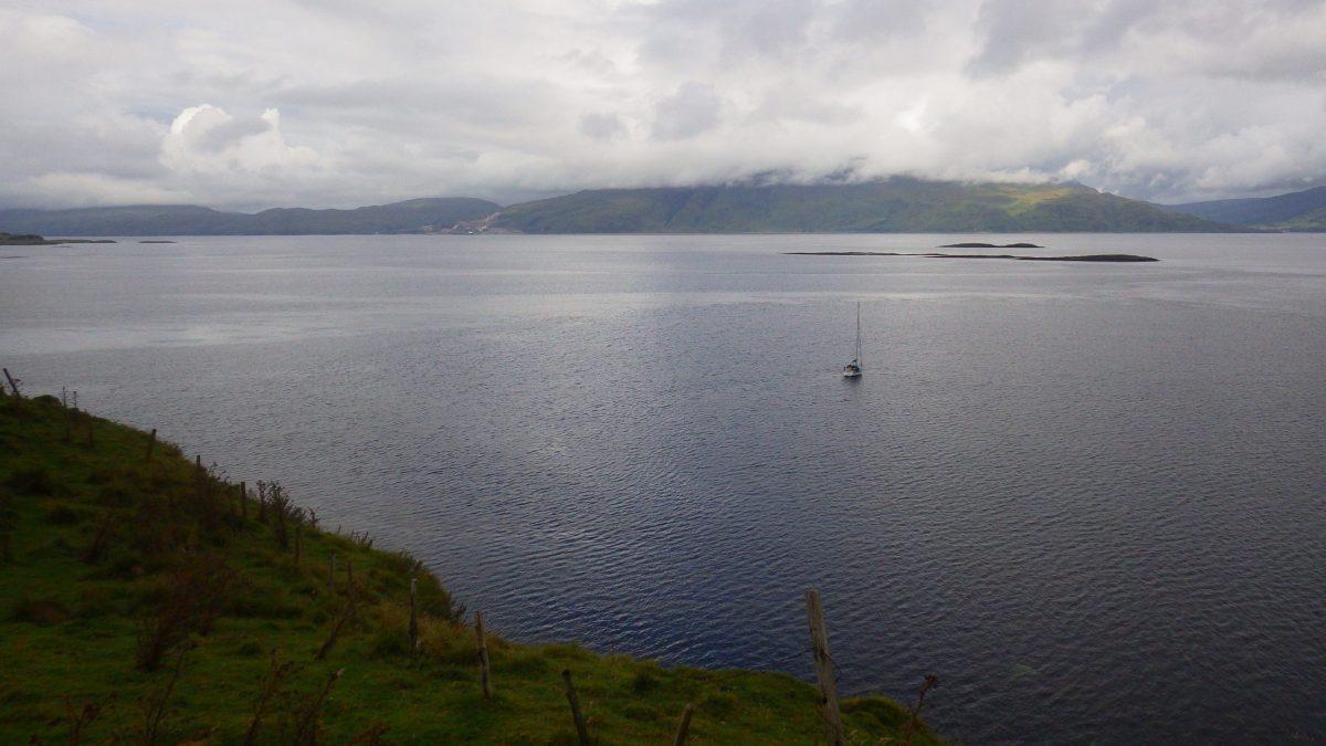 Scotislands Eilean nan Caorach Appin Yacht stands off