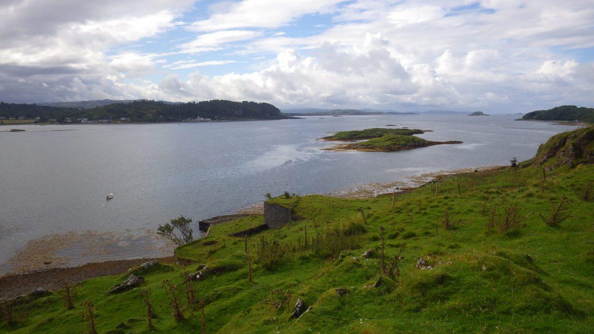 Scotislands Eilean nan Caorach Appin looking south