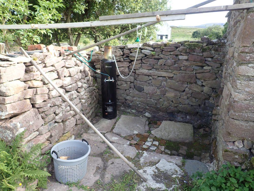 Scotislands Isle Martin outside shower
