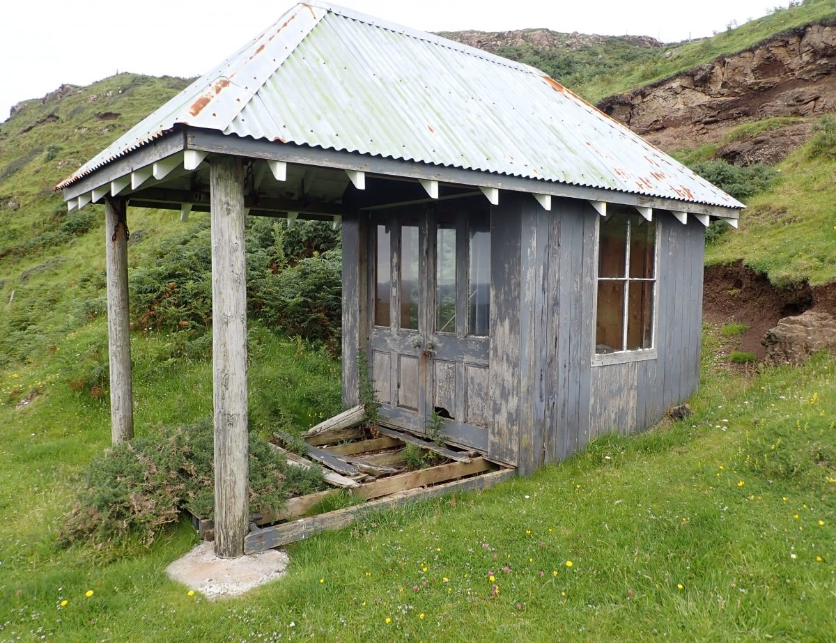 Scottish Islands Gometra sunhouse
