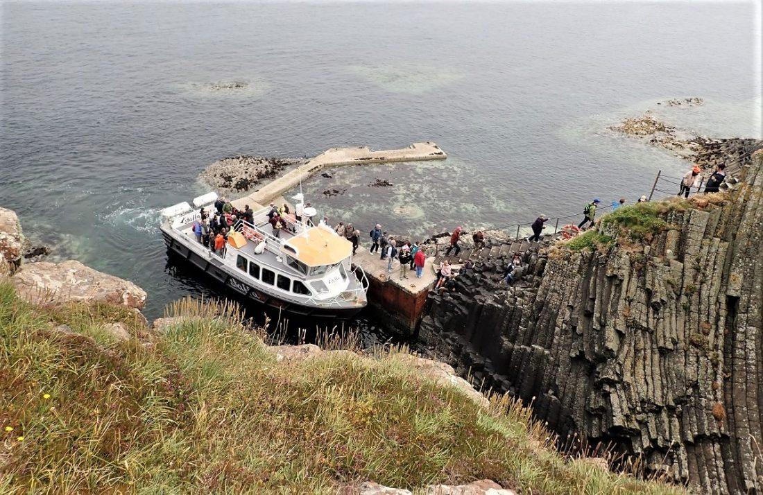 Tourist Boat Staffa visitor NTS