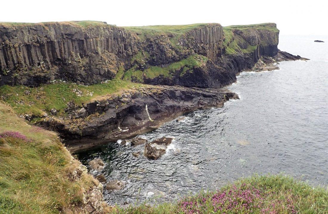 Staffa cliffs island scottish island