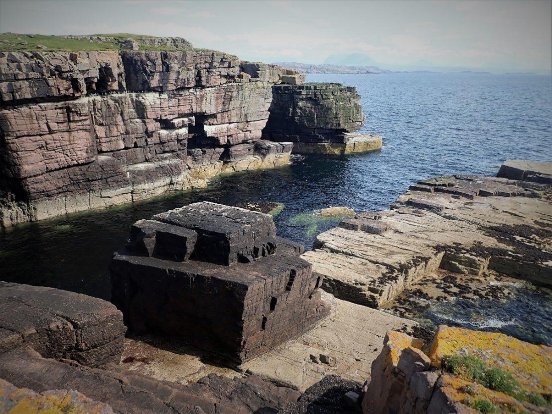 Sanstone blocks Handa island