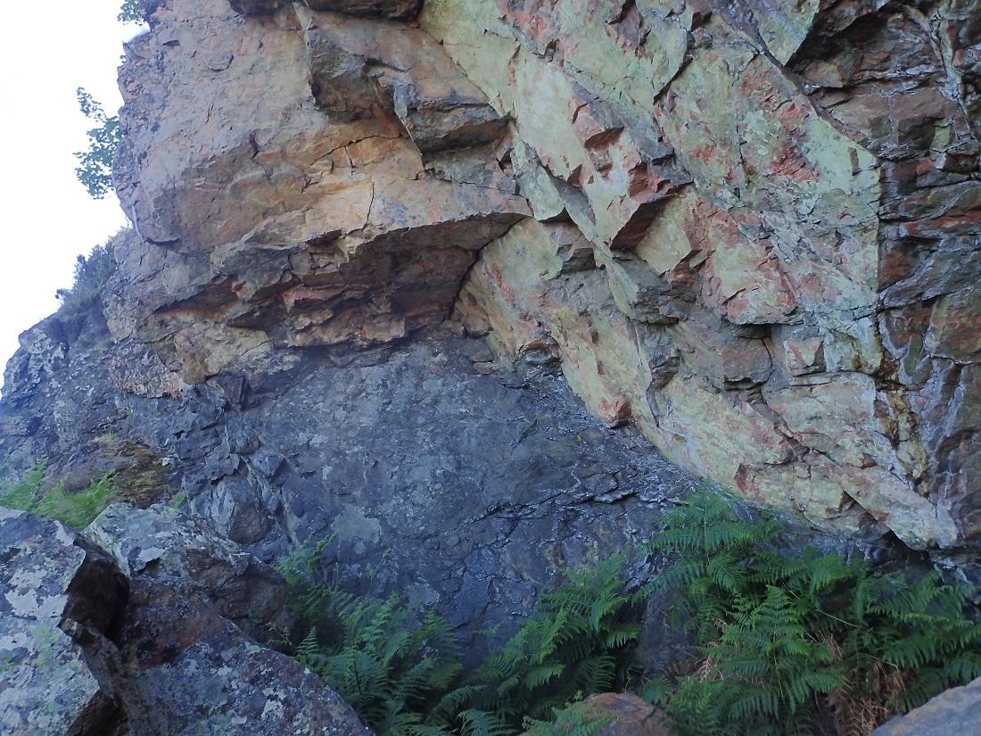 Geological Rona island scotland